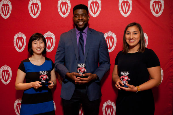 2018 Peer Mentor Award Winners Liza Chang, Folagbayi Arowolo, and Amelia Cuarenta