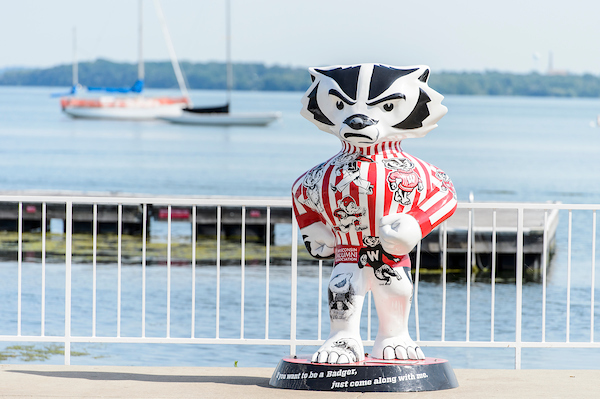 Bucky statue in front of Lake Mendota